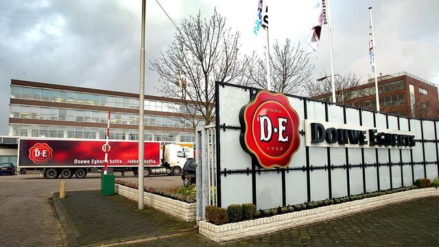 Cao-akkoord Douwe Egberts voorkomt staking in koffiefabriek Joure