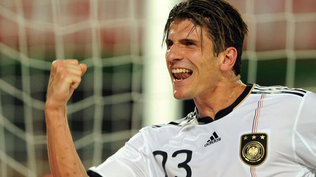 Gomez in de spits bij Duitsland tegen Portugal