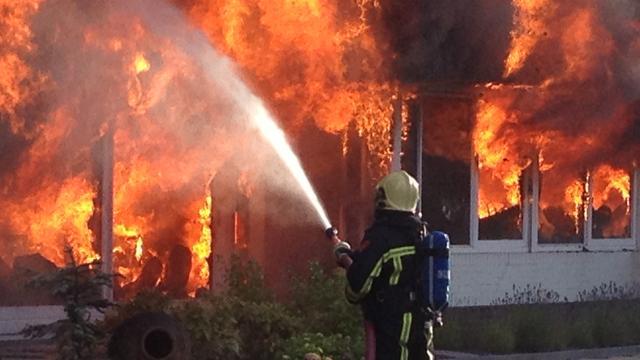 Grote brand in restaurant De Lutte