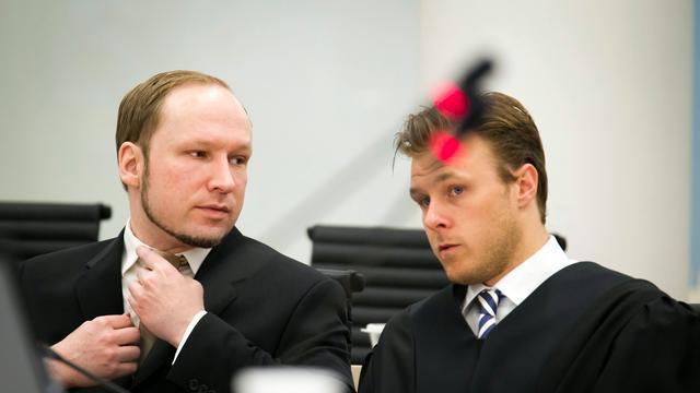 'Breivik heeft Asperger en Tourette'