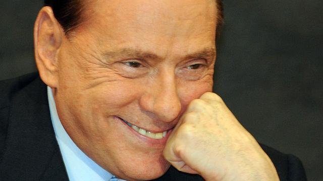 'Berlusconi zet getuige Rubygate onder druk'