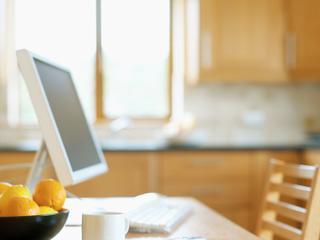 Besparing door afname in woon-werkverkeer en zakelijk reizen
