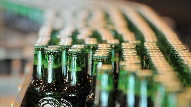 Heineken schrapt banen in Nederland