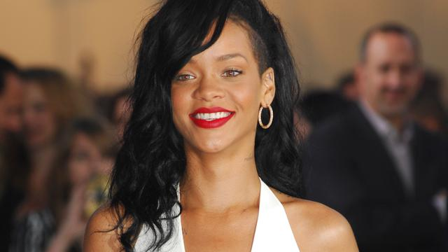 Rihanna scoort 22e top 10-hit in VS