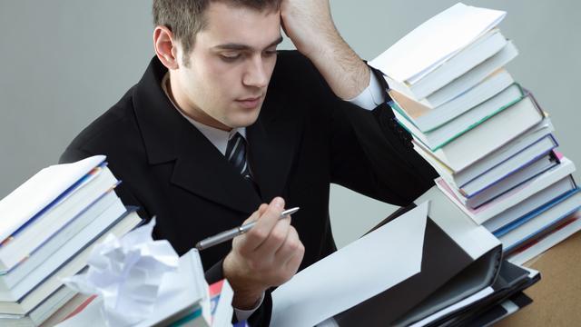 Duizenden afgestudeerden werken onder niveau