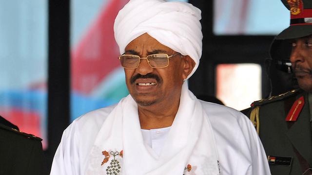 President Sudan paait oppositie