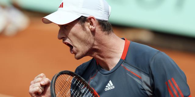 Murray en Nadal bereiken laatste zestien op Roland Garros