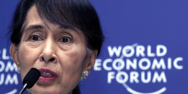Suu Kyi terug van eerste buitenlandse reis