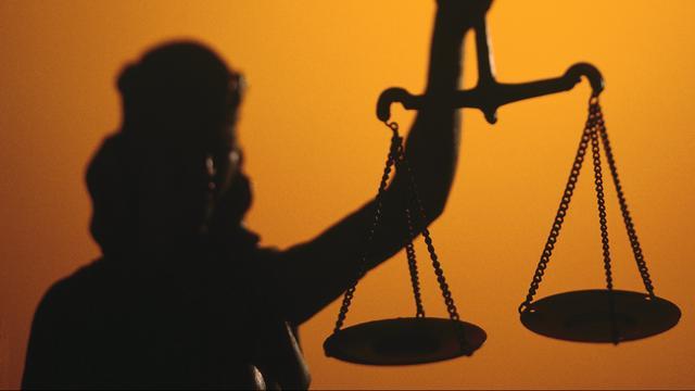 'Topman Justitie moet weg tijdens onderzoek verkrachting'
