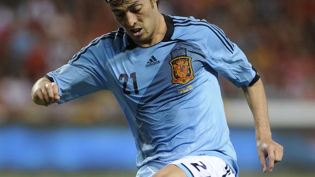 Spanje wint oefenduel in slotfase