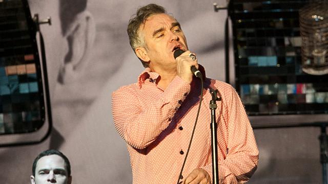Morrissey rekent koningshuis zelfmoord verpleegster aan