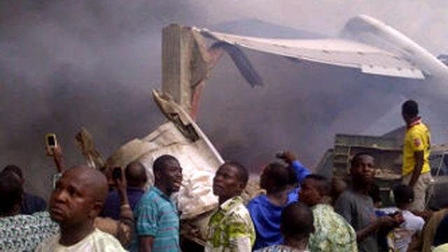 Vliegtuig neergestort in Lagos