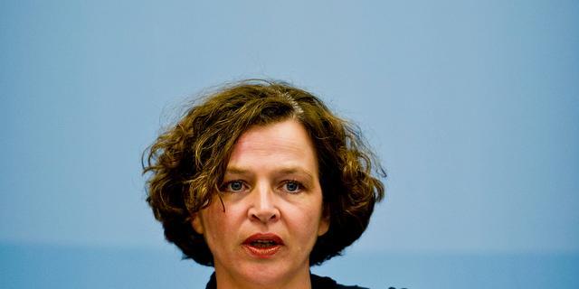 'Schippers misleidt Kamer over tabakslobby'