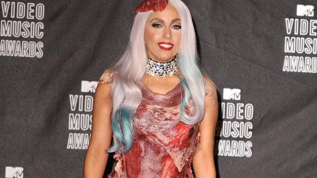Vleesjurk Lady Gaga in Amerikaans museum