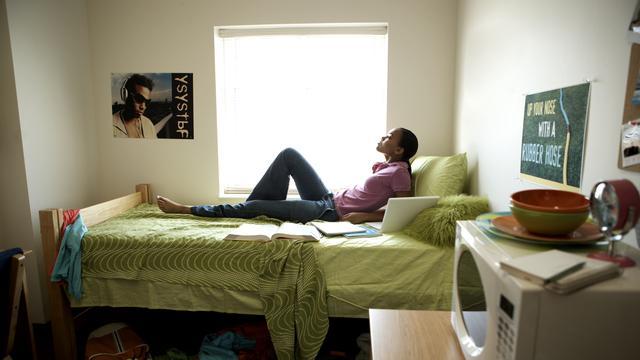 Minder studenten gaan op kamers sinds invoering leenstelsel
