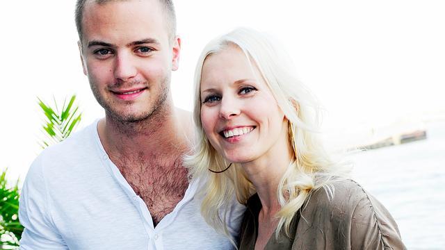 Bettina Holwerda en Jim Bakkum krijgen een kind