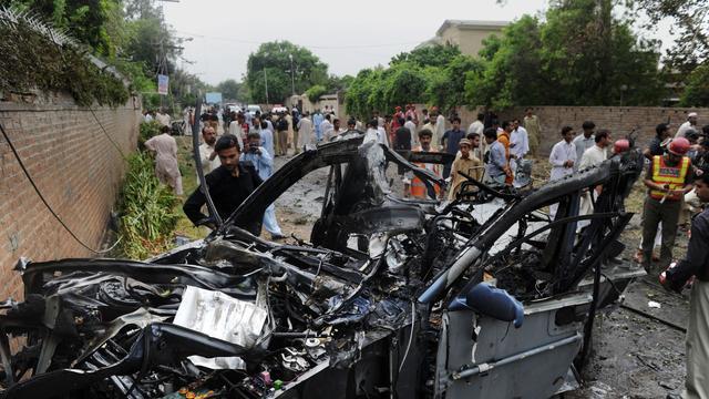 Veel doden door autobom markt Pakistan