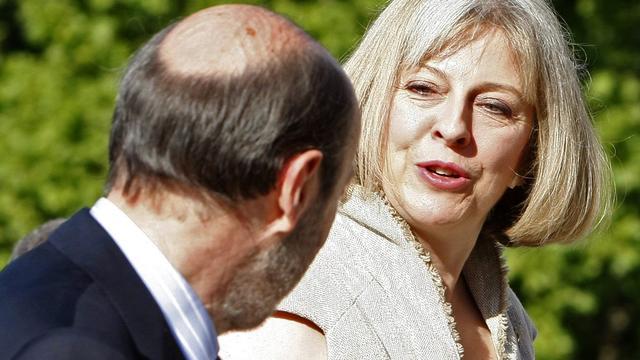 Britten bereiden zich voor op invasie Grieken