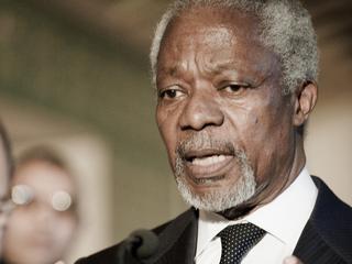 Kofi Annan tegen bewapenen rebellen