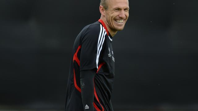 Aanvoerder Robben blij met rentree in basis