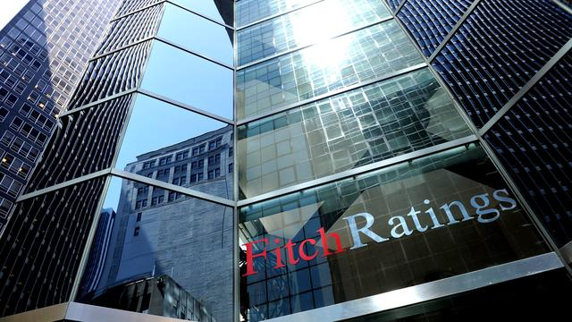 Fitch bekijkt beoordeling VS eind november