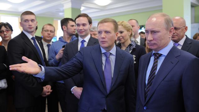 Poetin versterkt positie Kremlin met nieuwe staf