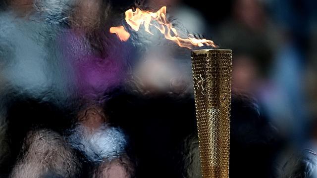 Olympische toorts gaat de ruimte in