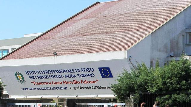 'Aanslag op school Italië werk van individu'