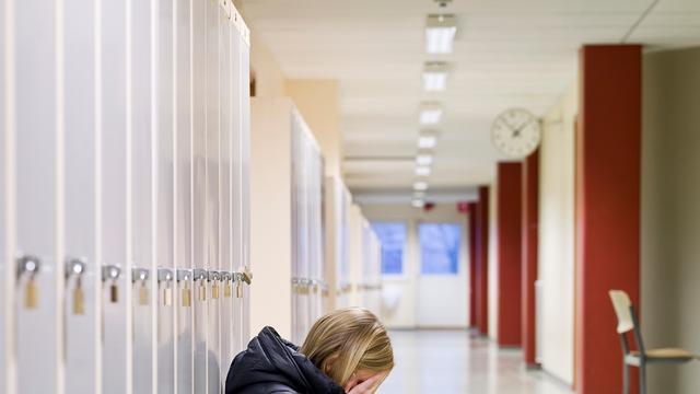 'Laat scholen zelf beslissen over aanpak pesten'