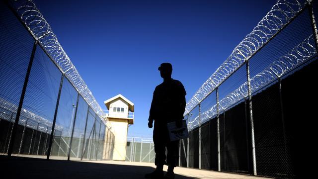 Afghanen nemen gezag beruchte gevangenis over van VS