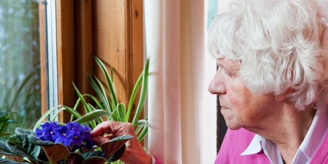 Jong en oud samen in zorgflat: '75 jaar leeftijdsverschil, en toch vrienden'