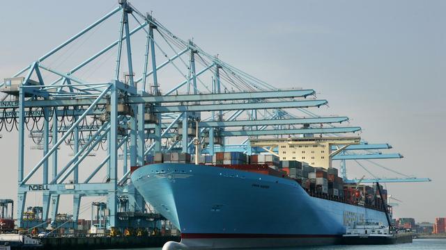 Overslag Rotterdamse haven groeit amper