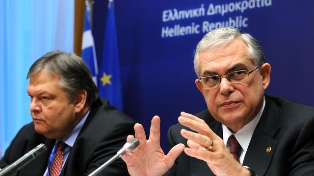 Griekse minister van cultuur blijft toch aan