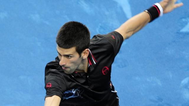 Djokovic hekelt blauw gravel in Madrid