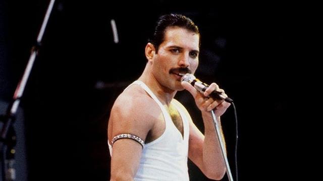 Queen brengt onbekend werk Freddie Mercury uit
