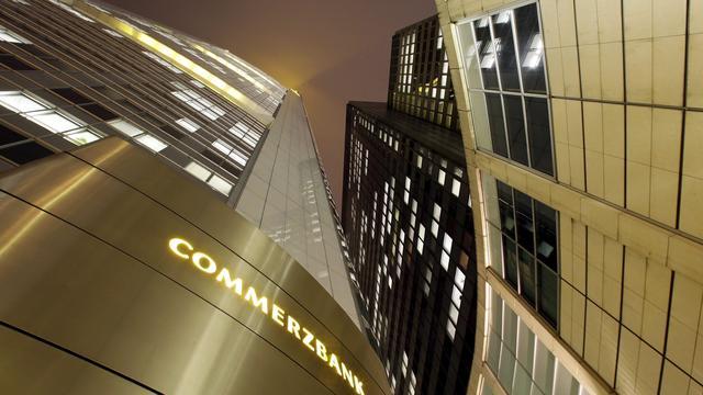 S&P verlaagt kredietstatus Commerzbank