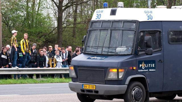 Dertien mannen bestraft voor voetbalrellen Utrecht
