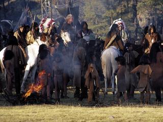 Tweehonderd objecten tonen vakmanschap en kunstnijverheid van stammen