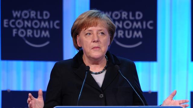 Merkel wil goed samenwerken met Hollande
