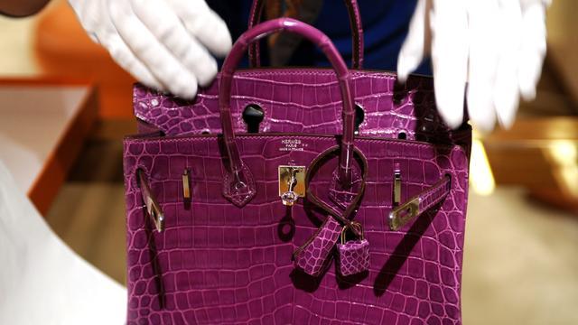 Hermès Birkin-tas voor ruim twee ton geveild