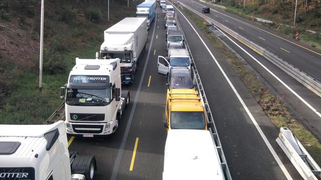 Vrachtwagen veroorzaakte lange file op A12