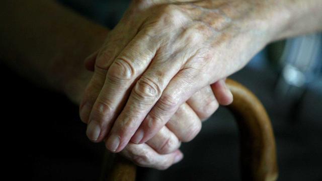 Man (23) opgepakt voor aanranden bejaarde vrouw in woning Overvecht