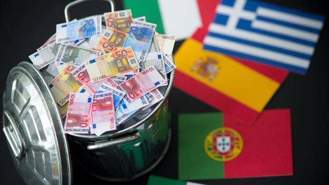 Weg vrij voor nieuwe steun Ierland, Portugal