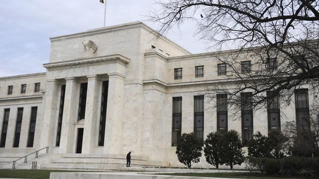 Fed blijft bij stimuleringsplannen