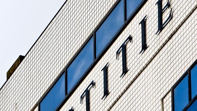 'Koop Holding blijft achter met sociaal plan'