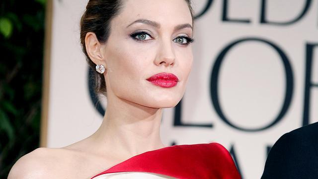 Angelina Jolie 'gered' door kinderen