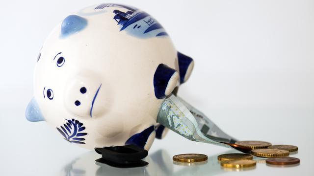 Spaarrente en hypotheekrente half procentpunt gedaald