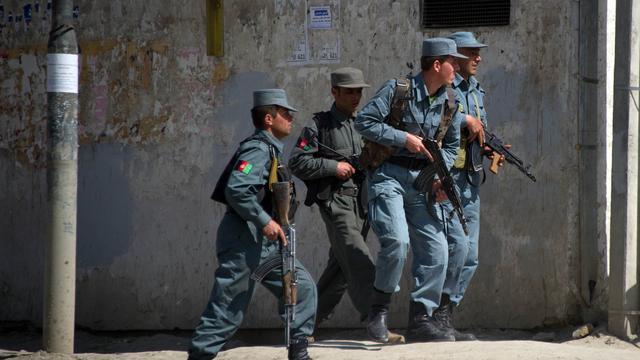 Taliban vallen NAVO-basis Afghanistan aan