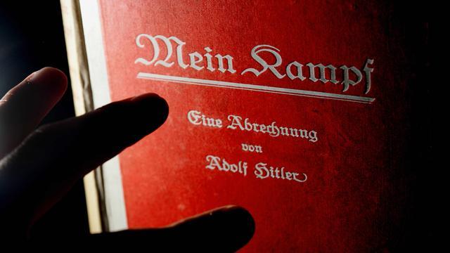 Duitse Joden niet tegen herdruk Mein Kampf