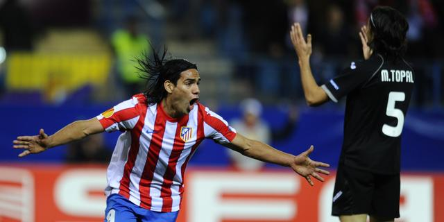 Falcao schiet Atlético langs Espanyol